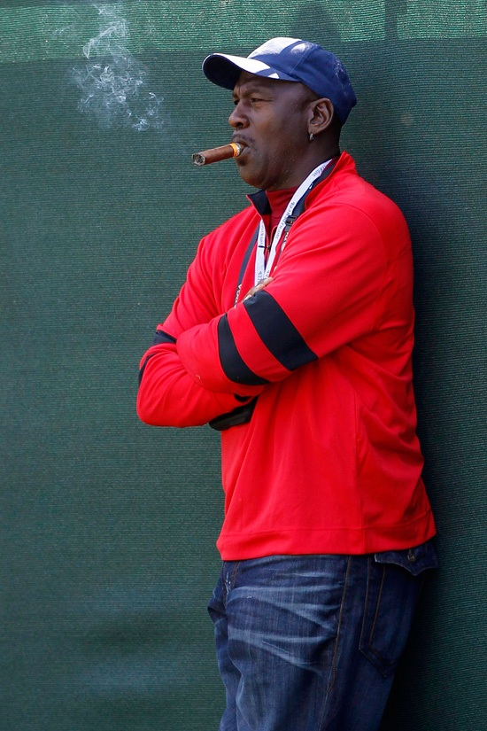 Michael Jordan con puro-Jeff Haynes Reuters photo