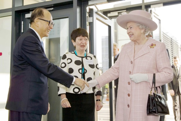 Sir Li Ka Shing-Queen-photo