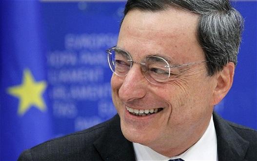 Mario Draghi el asesino de la sonrisa que viste de Armani